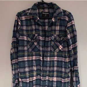 🐳 Blue and green plaid flannel - $5 add on